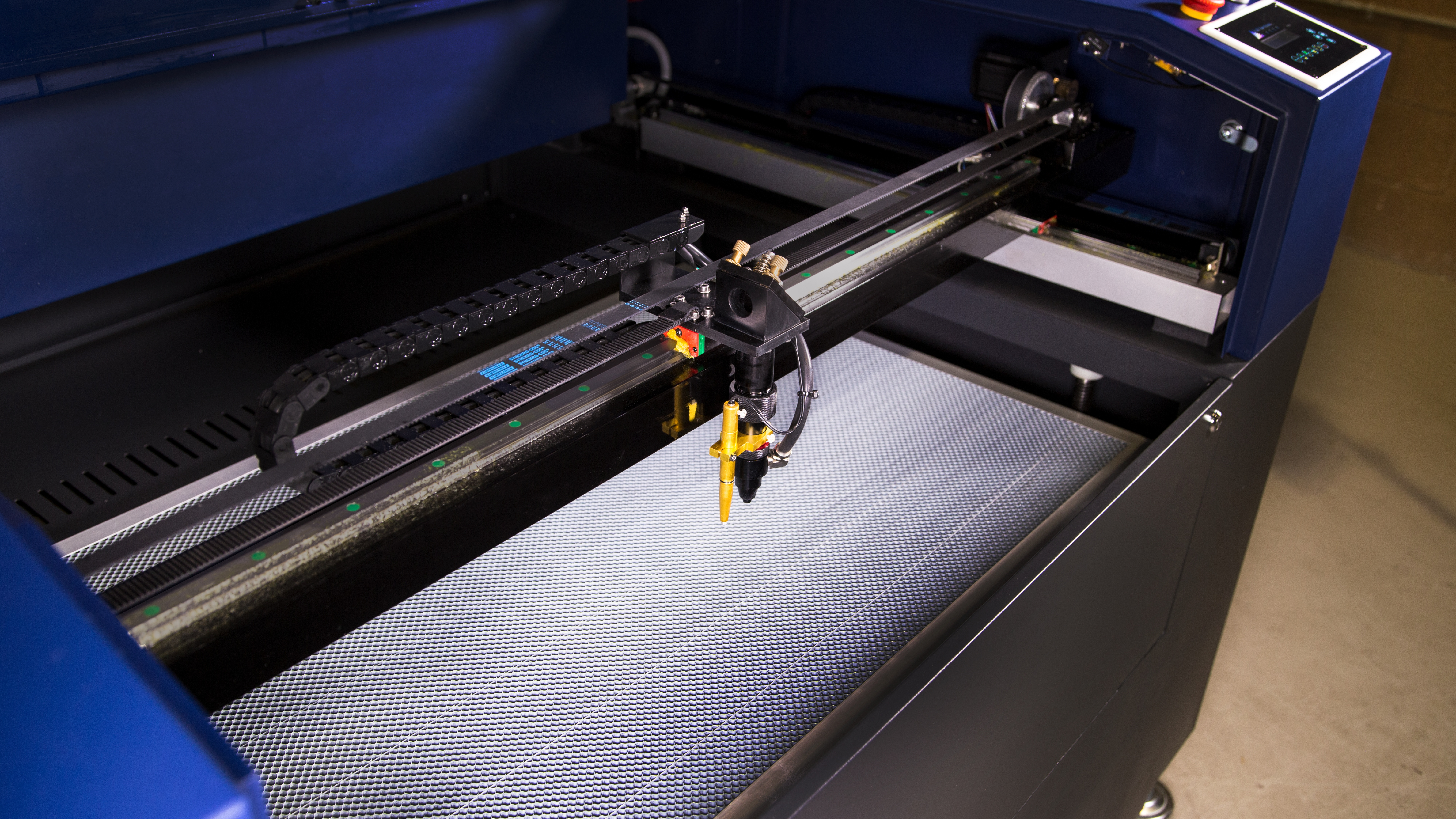 Pro-Series 36x24-Laser-Cutter-CO2-Engrave-mark-industrial-8.jpg