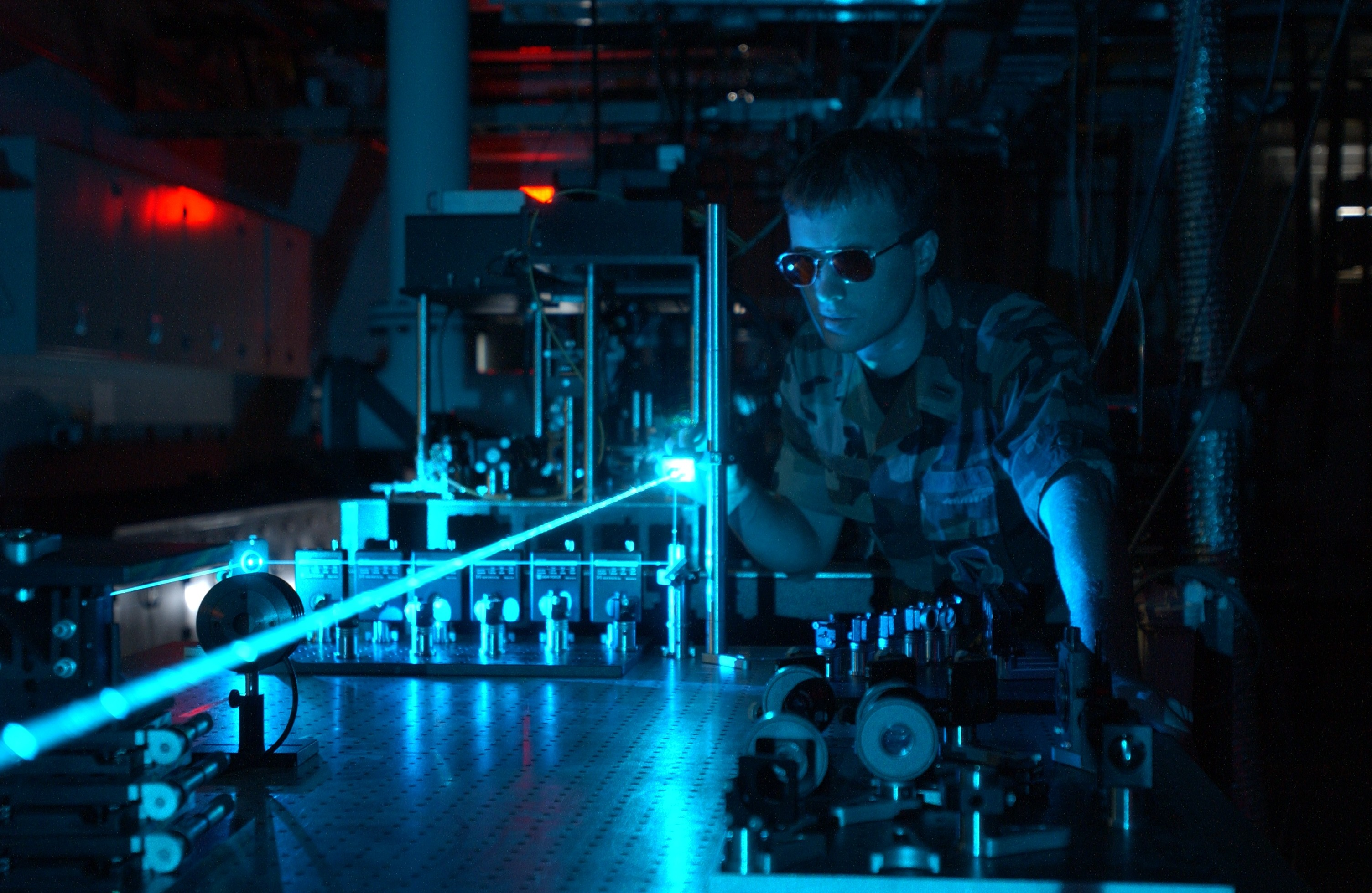 Military_laser_experiment