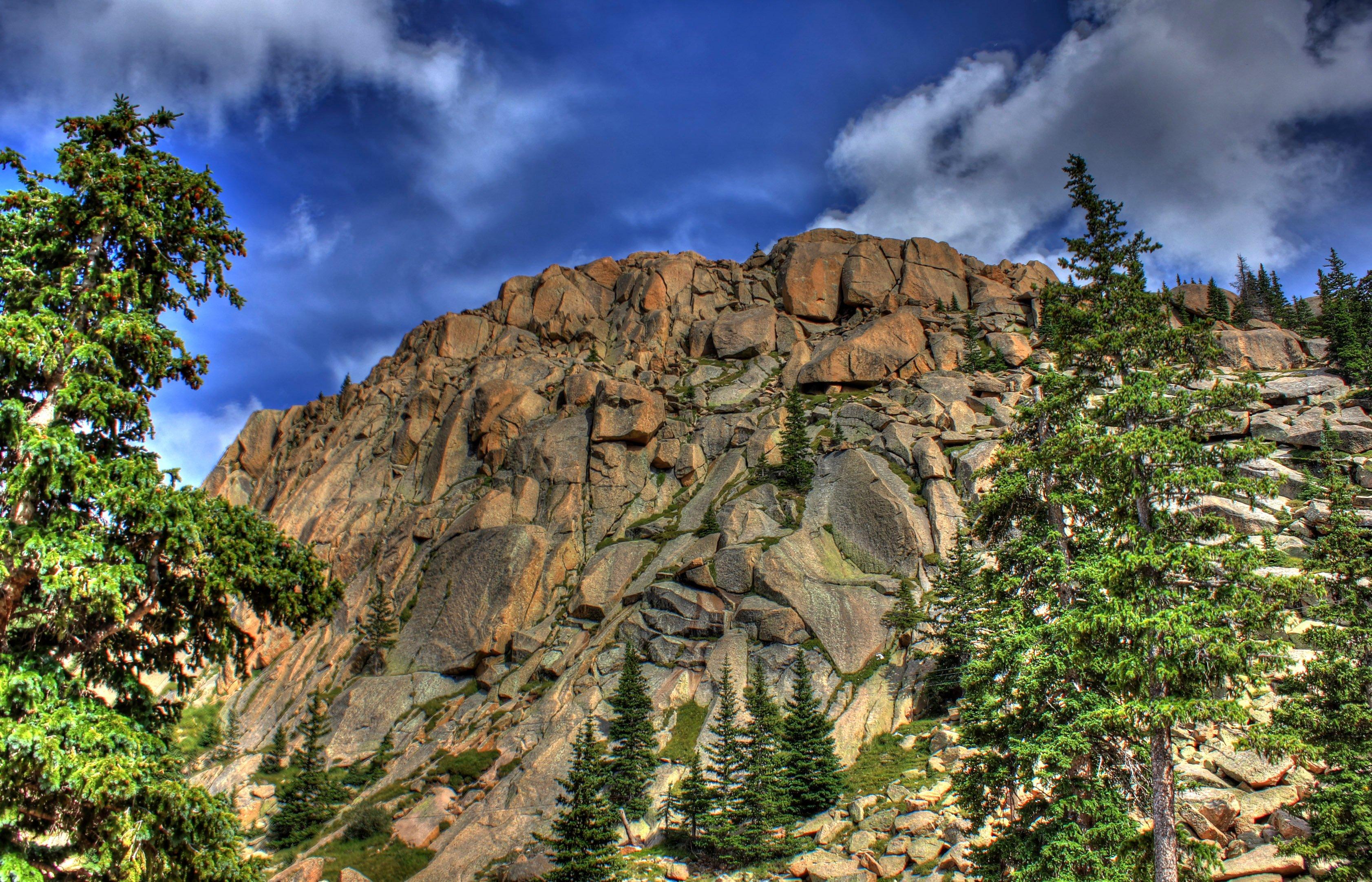 colorado-pikes-peak-stone-sphire